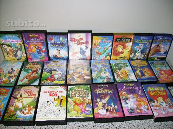 Vendo cd dvd dischi vhs cassette